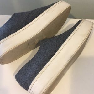 a9fda539c3b Vince Shoes - Vince Warner Zip-Front Flannel Platform Sneakers